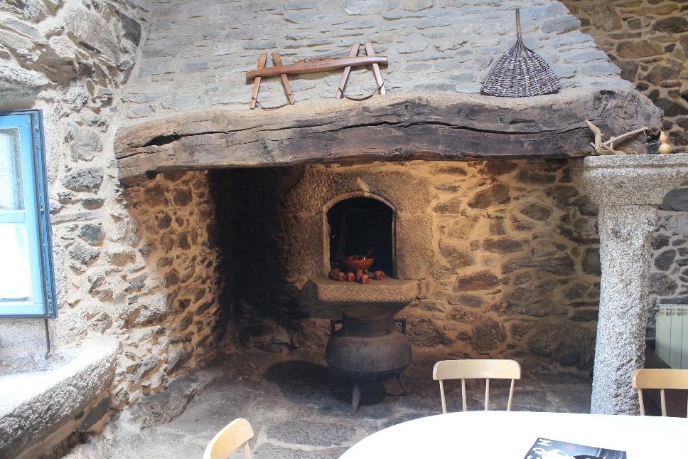 La casa casa de amancio - Casa tipica gallega ...